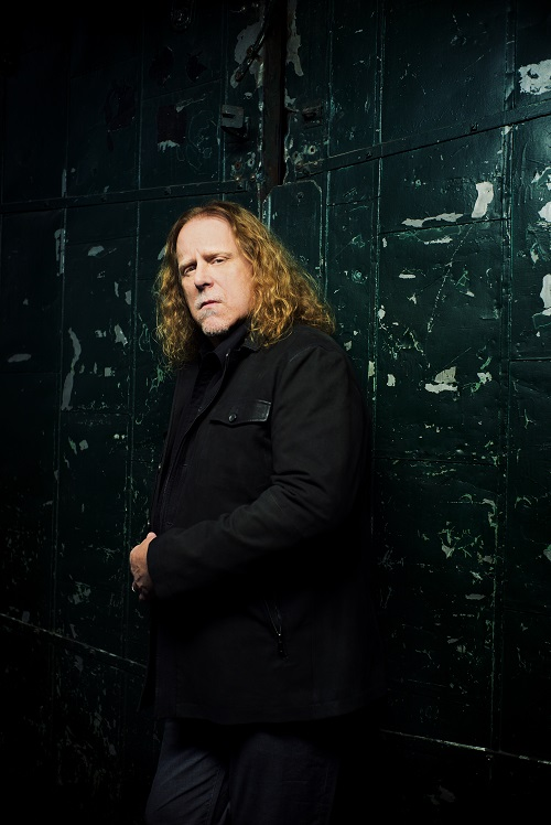 WarrenHaynes-by-DannyClinch