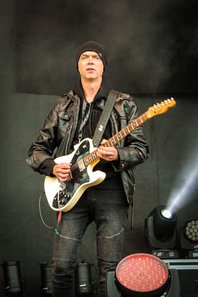 Mads Eriksen (Chris Thompson Band)