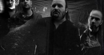 Steorrah aus Bonn, live und in ... Schwarz/Weiß