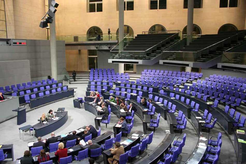Empty Rooms - Leerer Bundestag, Foto Bjorn Kiezmann via Die-BPE.DE