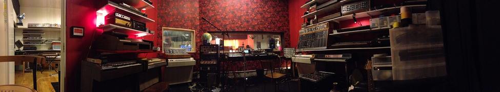 Where the magic works - Roth Haendle Studios Solentuna